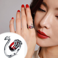 2019 Anillos Rings Rings Anel Masculino S925 Retro Wind Peacock Girl Ring Opening Finger Corundum Antiallergic Delicate Gift