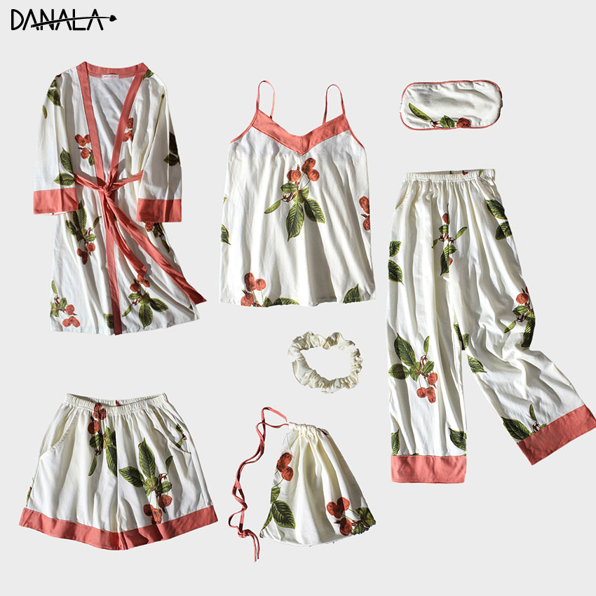 DANALA Stitch Casual Women Nightwear Sets Vogue Floral Print Pajamas Sets For Women With Short Summer 2019 Home Suits