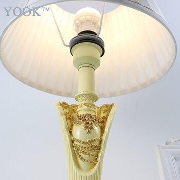 YOOK Reçine Prenses Tarzı Masa Lambaları Yatak Odası Için 220 V E27 Karartma Masa Lambaları El Yapımı Oyma Reçine Masa Lambası Iç Mekan Aydınlatması