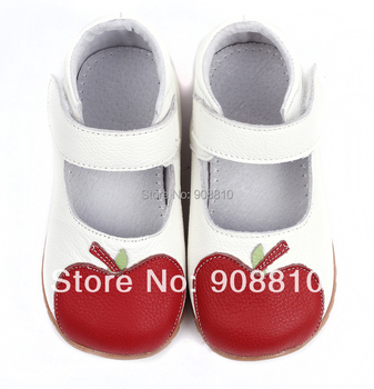 Baby girl's soft leather shoes white mary jane with red apple new arrival a gift retail wholesale free shipping free shipping new professional digital light meter 100000 lux original retail package wholesale lx1010bs