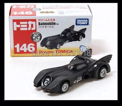 TOMICA #146 BATMOBILE BATMAN CAR DIECAST TOMY DREAM 2013 January New