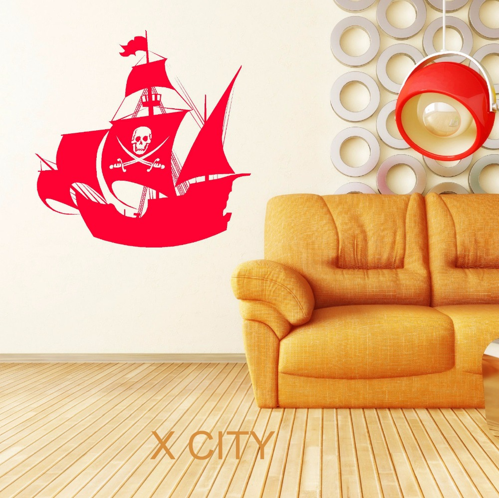PIRATE SHIP SKULL CROSSBONES JOLLY ROGER BOAT Pirates of the ...