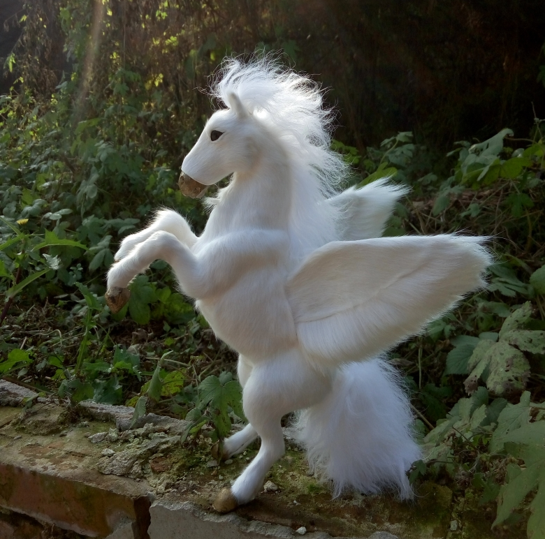 new simulation standing unicorn toy resin&fur white wings unicorn doll gift about 32cm 1192