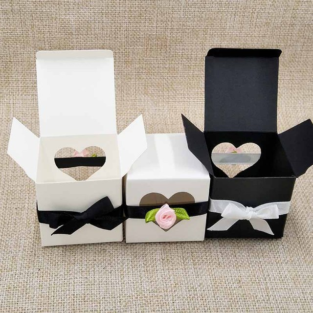 Free Shippingwhole 5x5x5cm White Window Box Wedding Candy Bo With Heart Treat