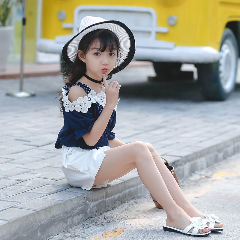 Children's clothing summer new short-sleeved suit Korean children's shorts V-neck middle and big childrens Two pieces Female