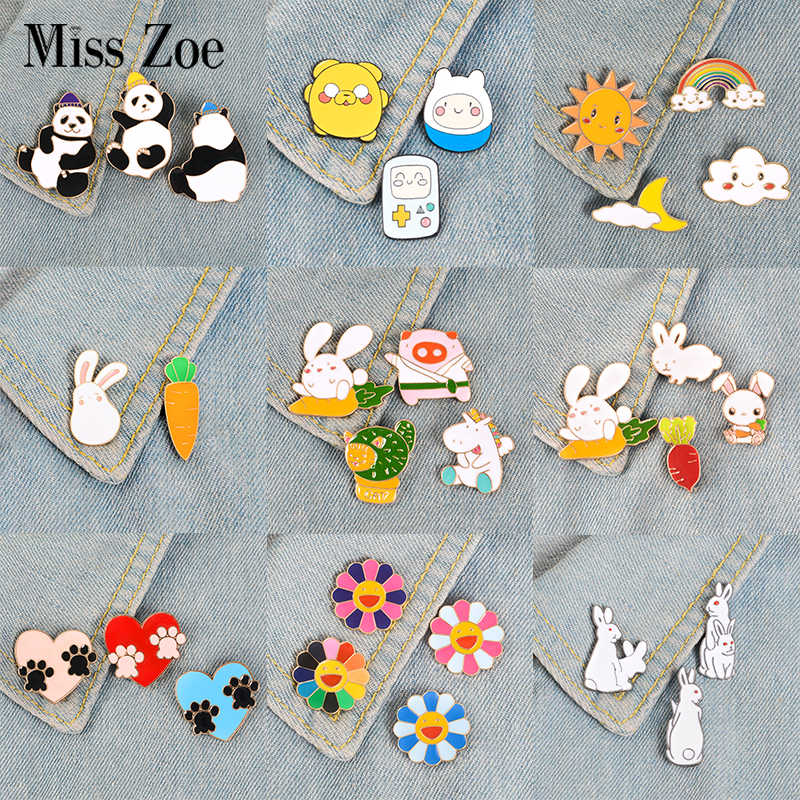 2~4pcs/set Animals Party Enamel Pins Panda Rabbit Bunny Paws Flower Cat Brooches Bag Clothes Pin Badge Cute Kawaii Jewelry Gift