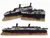 1piece resin titanic aquarium ornaments aquarium landscapes submarine pirate ship sailboat aircraft carrier military break wreck