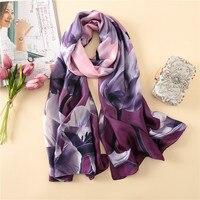 2018 Элитный бренд для женщин шелковый шарф принт большие цветы Фиолетовый Пляж шаль и écharpe дизайнер шарфы для женские накидка для пляжа банд...