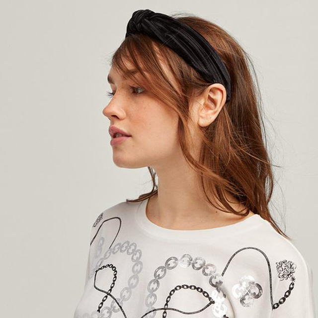 6f799d7c543b3 US $1.39 45% OFF|Fashion Bezel Girls Bohemian Headband Autumn Winter Soft  Velvet Knot Wide Hairband Ladies Knotted Hair Band Hair Accessories-in ...