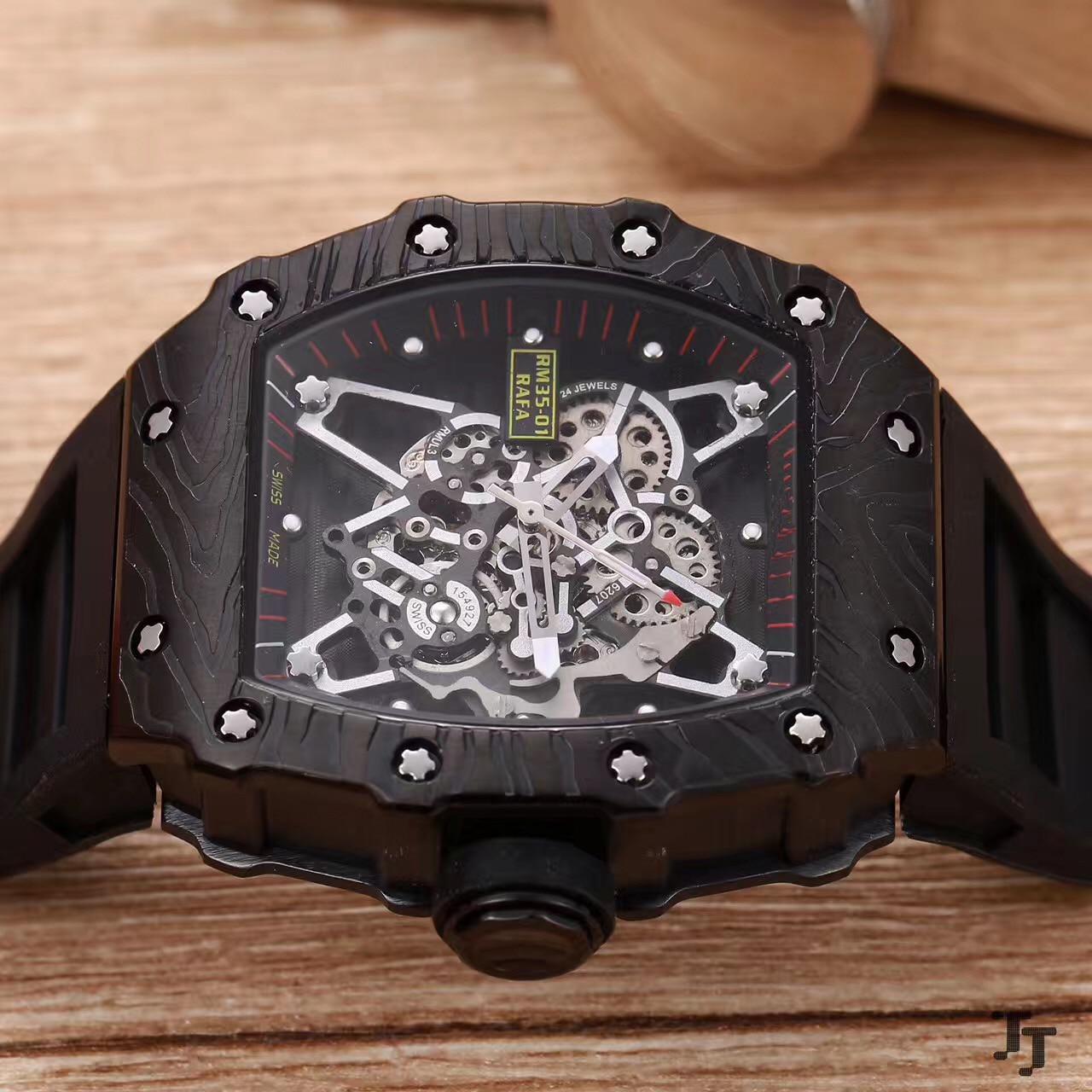 Nouveaux hommes de luxe regardent en caoutchouc saphir en acier inoxydable 904L automatique mécanique pleine noir Tourbillion squelette montres AAA