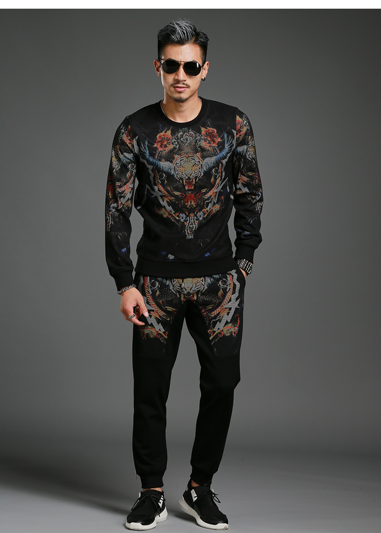 autumn of the new leisure fashion personality tracksuit long sleeved men set two piece suit big