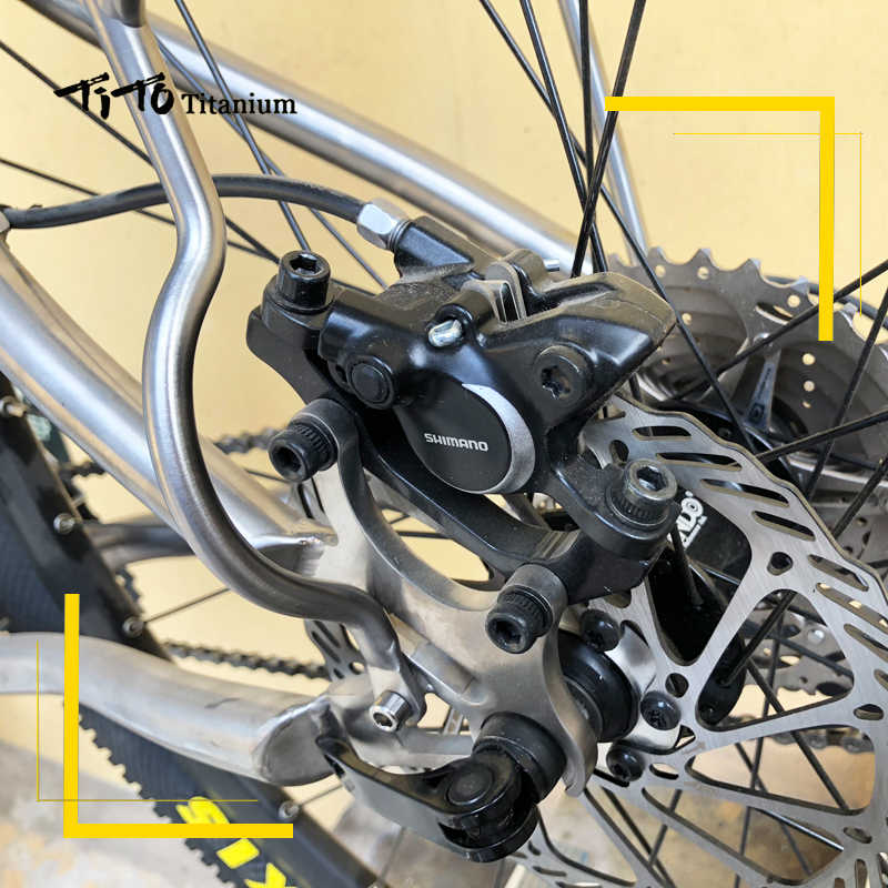 New Titanium Bicycle Rear Rack Cycling Carrier Pannier Luggage Carrie Disc Brake
