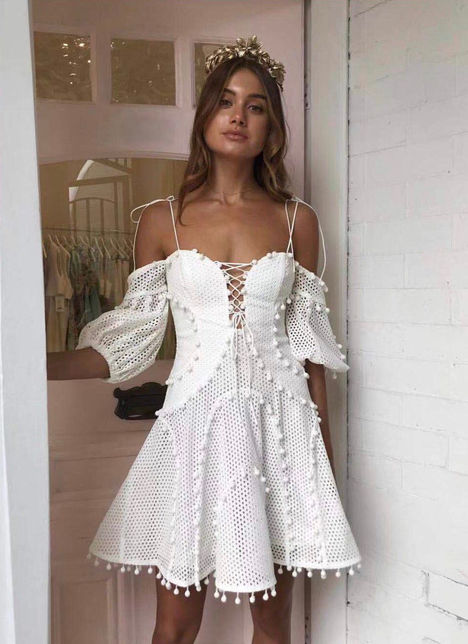 2019 new arrive Women's white dress-in Dresses from Women's Clothing    1