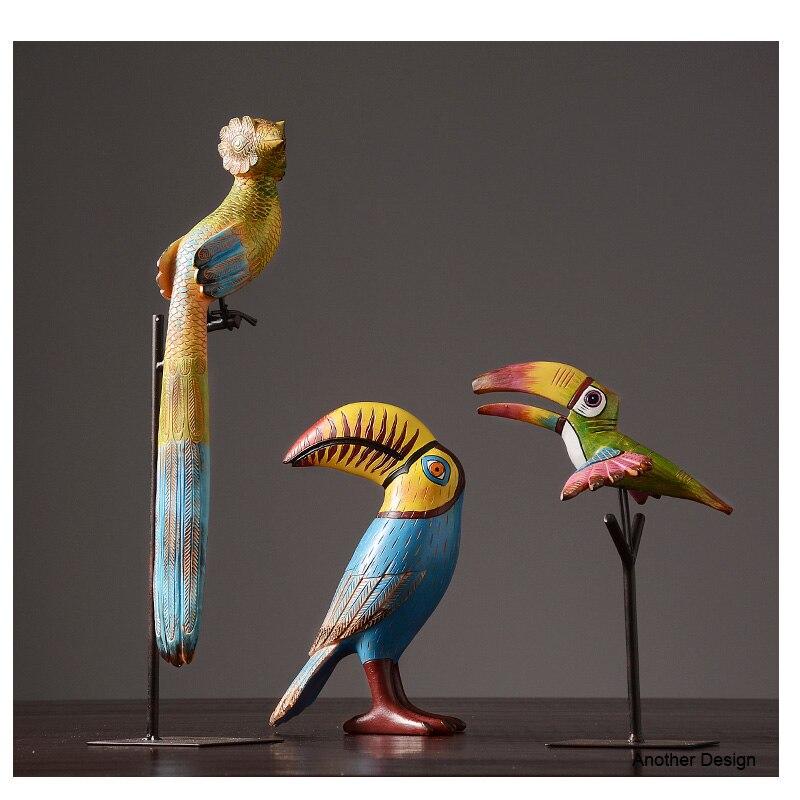 Scarlet macaw home decor monster kamer animal decor beeldje saloon tafel creatieve decor-in Figuren & Miniaturen van Huis & Tuin op  Groep 1
