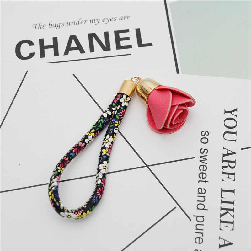 Camellia ดอกไม้หนัง Keychain กระเป๋าจี้เครื่องประดับของขวัญยาวพวงกุญแจกุญแจแหวน 17 สี EH857