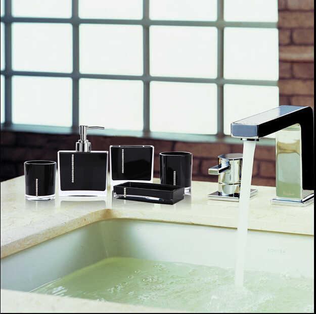 Zestaw akrylowy pięcioczęściowy produkt do kąpieli zestaw upominkowy akcesoria do łazienki diamentowy kubek miłośników szczotek mydelniczka uchwyt na szczoteczki do zębów