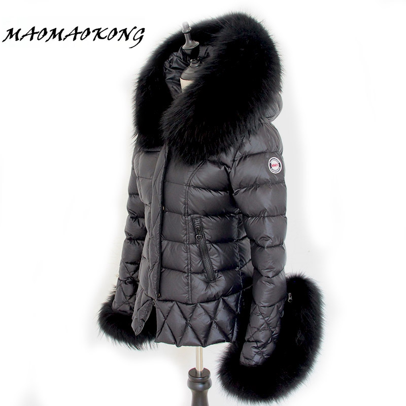 2017 New Womens Winter Jackets And Coats Large Real Raccoon Fur Collar White Duck Down Parkas Black Lady Down Outwear Brand calvin klein new black white colorblock womens size large l crewneck sweater $79