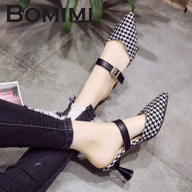 BOMIMI Women Shoes Slip-On Pointed Toe Woman Mid Heels Pump Crystal Women  Transparent Heel 7735b2e1233