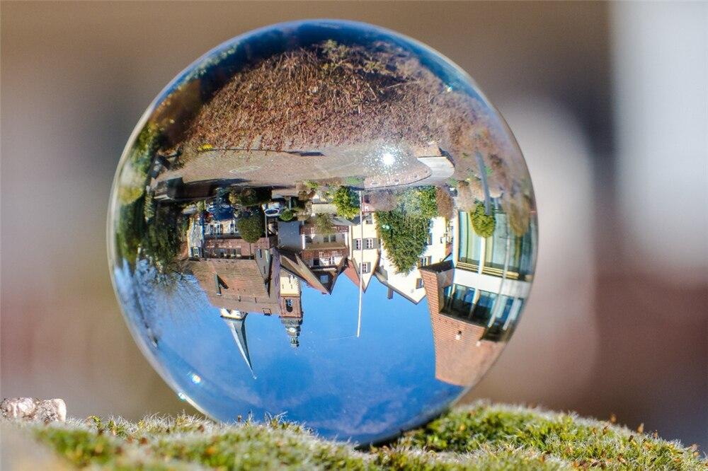 ball_mirroring_church_old_town_haslach_kinzigtal-1174918