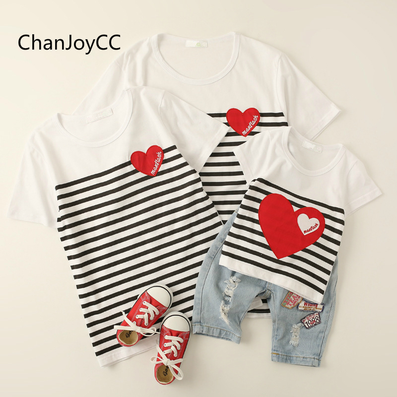 все цены на ChanJoyCC Family Matching Outfits T-shirt Summer New Fashion Mother Father Baby Boy Girl Short Sleeve Striped T-shirt cotton100%