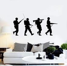 Winylowa naklejka na ścianę sylwetka żołnierze wojna wojskowa sztuka chłopcy naklejki pokojowe Mural wyjątkowy prezent 2FJ44