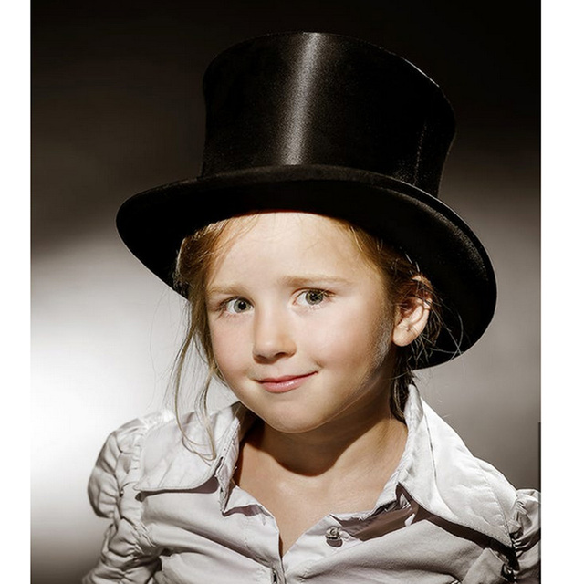 62f7ded281f2c0 13.5cm(5.3inch) 100% Wool Child Top Hat For Girl Boy Kids Show Raditional  Fedoras Hatter Magician Hat Sam Beaver Church Hat