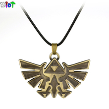 Hot sell game The Legend of Zelda Vintage Anime Figures Pendant Necklace leather chain short collar Badge Logo necklace jewelry
