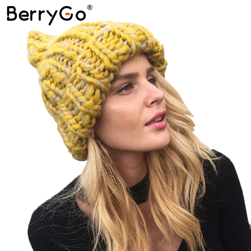 BerryGo knitting wool hats 2017 pompon Bobble hats women skullies beanies Warm hat autumn cap winter hat female simplee knitting wool ball skullies beanies casual streetwear warm hat cap women autumn winter 2017 cute beanie hat female
