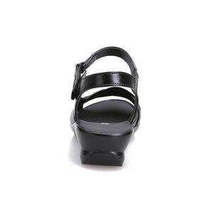 Image 4 - BEYARNE 2018 קיץ נשים אמיתי עור סנדלי טריזי נעליים נוח נשי סנדלי נעלי אמא בתוספת גודל (35 42)