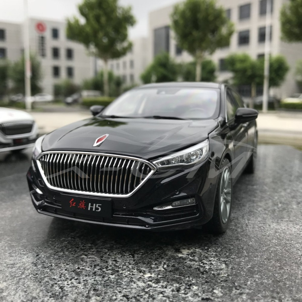 SMALL GIFT!!!!!!! Car Model 1:18 Hongqi H5 Black