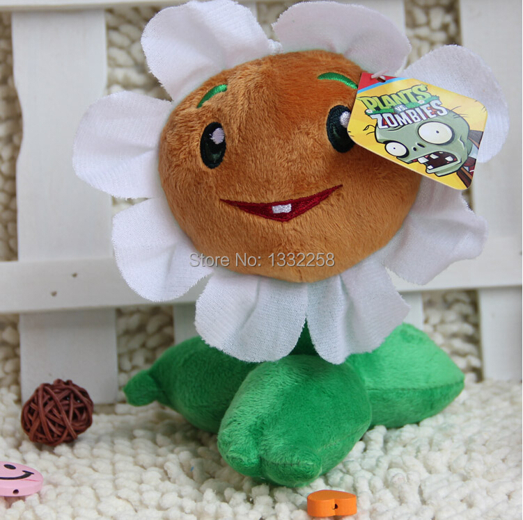 Free Shipping 16cm High Quality PP Cotton Plants vs Zombies In Sunflower Lovely Plush Toys