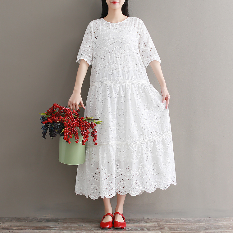 sweet embroidery hollow out white Holiday Two-piece dress mori girl 2018 new hollow out embroidery panel dress
