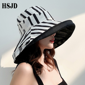 Image 2 - Zebra çizgili güneş şapkası yaz kadın çift taraflı katlanabilir pamuk keten güneş plaj şapkaları büyük geniş Brim güneş koruyucu kadın kova şapka