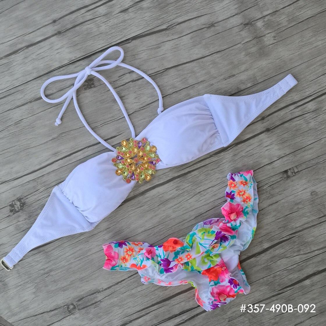 цена Custom Made Designs Secret Crystal Diamond Bikini Set White TOP Swimwear Women Swimsuit 2018 Biquini Print Red Floral Bottom онлайн в 2017 году