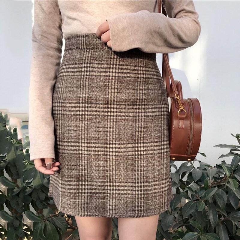 Autumn new tartan high waist Vintage large size slim skirt female Korean Empire A Line England Style Knee Length Casual skirt