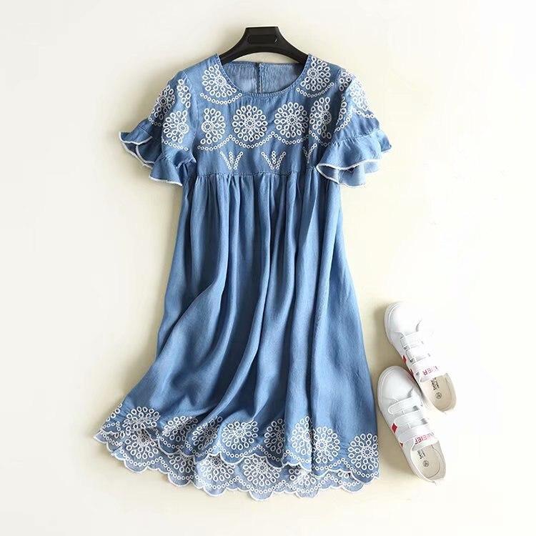 2018 Vintage White Flower Embroidery Women Summer Dress Vestidos Women Oversize Dress Cotton Denim Petal Sleeve Women Mini Dress