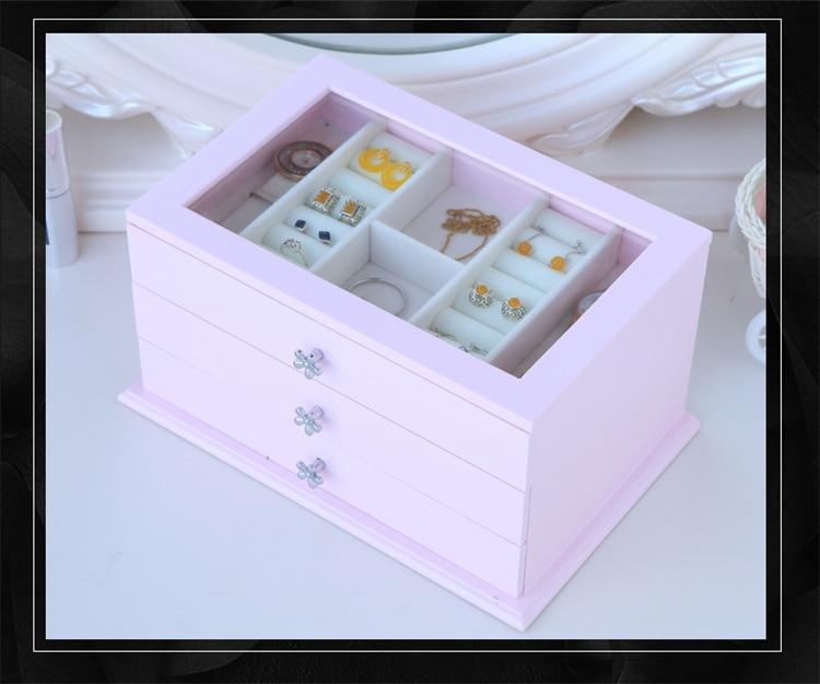 storage box (12)