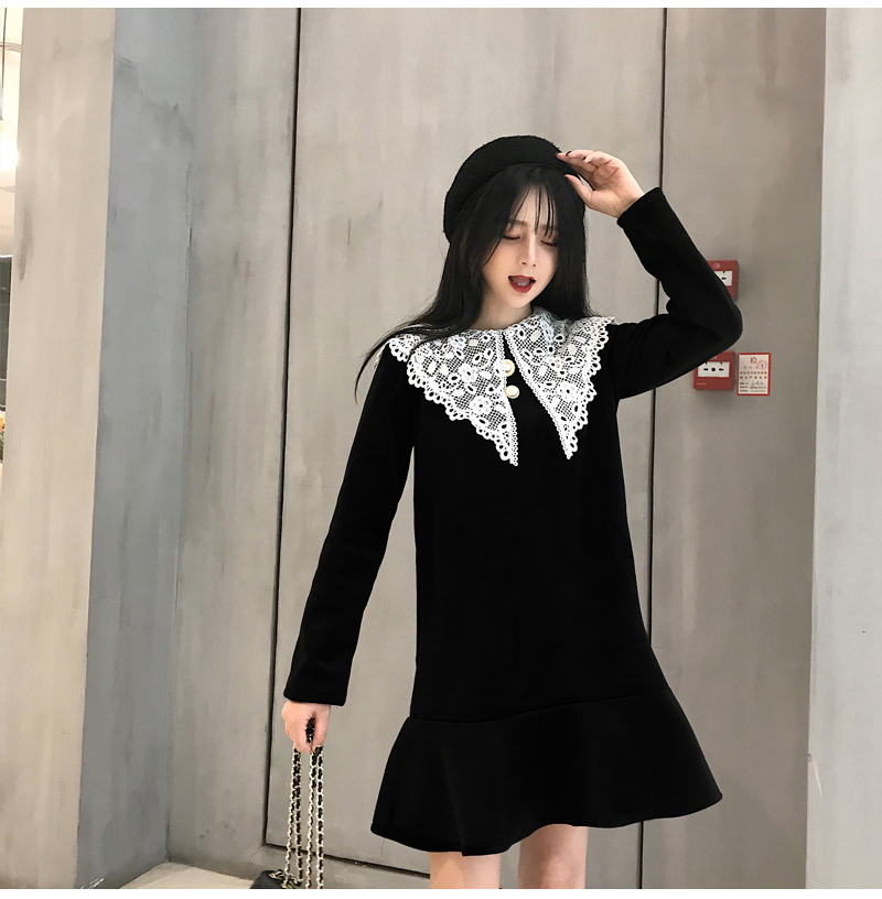 Gothic Style Women Velvet Dresses Black Velour Dress White Crochet Lace Collar Vestidos Mujer Loose Fitting Dress Plus Size (12)