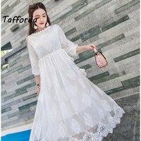 Tafforda 2017 קיץ מזג Slim אלגנטי לבנה תחרת רקמת חוט נטו שמלת פיות לתיירות נופש שמלות נקבה