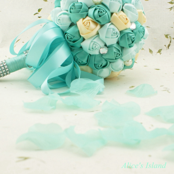 aliexpresscom buy tiffany blue 1000 pcs atificial wedding rose petals wedding centerpieces wedding decoration christmas decoration from reliable wedding - Tiffany Blue Christmas Decorations