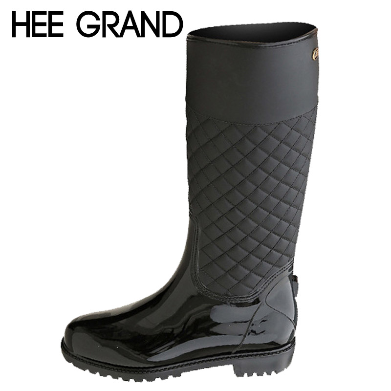 ФОТО HEE GRAND Rain Boots Rubber Platform Shoes Woman 2017 Knee-High Women Boots Casual Creepers Slip On Flats Women Shoes XWD4579