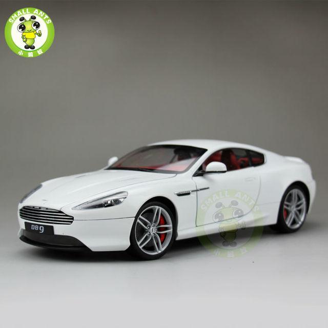 Scale Aston Martin DB Coupe Diecast Car Model Welly - Aston martin db9