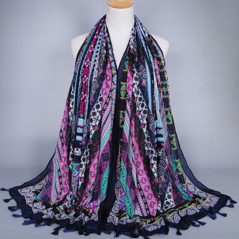 ae3650a051f5 Fille de printe floral géométrique glands de mode coton châles muffler wrap  longue musulman populaire hijab foulards écharpe 10 pcs lot
