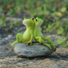 Cute resin frog ornaments  creative miniature Figurine Craft Aquarium decor fairy garden miniatures Mini home accessories