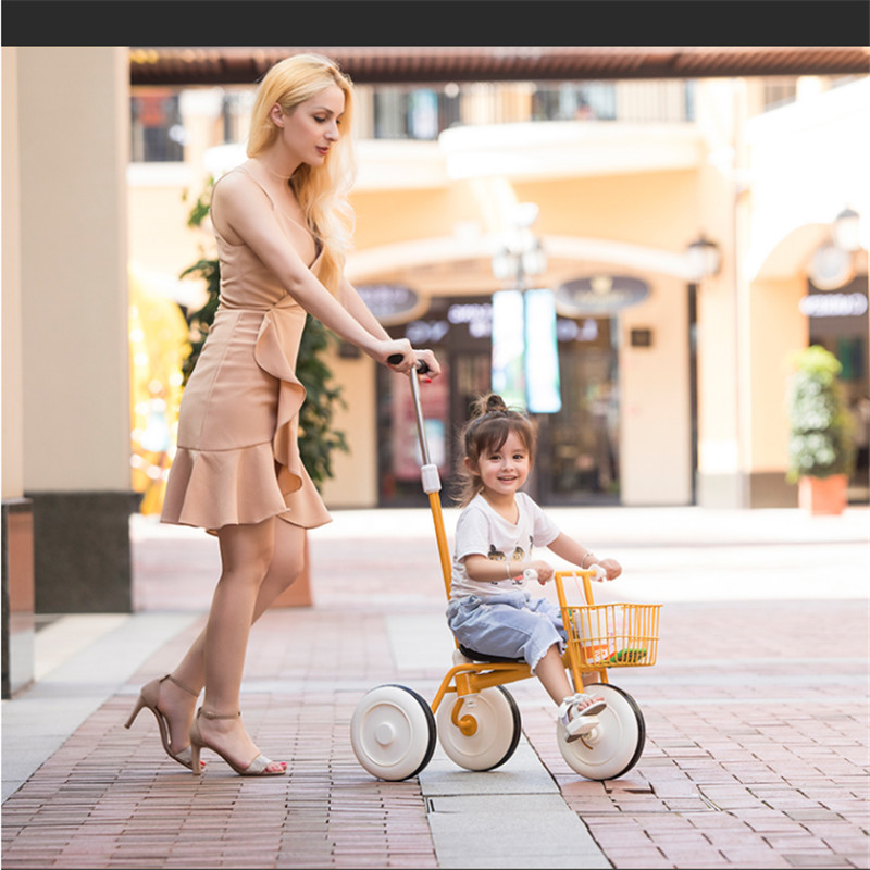 Kids Ride on Tricycle Simple Stylish Adjustable Bicycle with Pneumatic Tire Lightweight Baby Stroller for 1-3 Years Old Toy Car