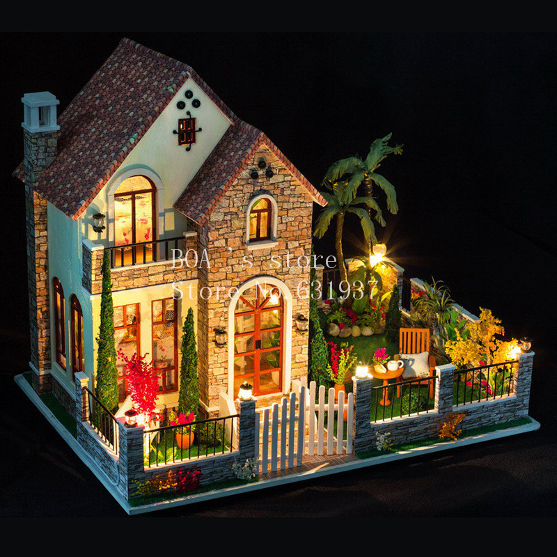 Diy houses love apartment Creative cabin model Assemble Wooden Miniature Doll House Christmas Gifts Dollhouse Furniture Toys diy houses love apartment creative cabin model assemble wooden miniature doll house christmas gifts dollhouse furniture toys