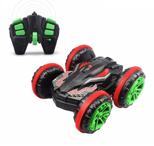 RC Car 2.4G 4WD Powerful Extreme Stunt Amphibious Remote Control Car Drives on Land and Water With 360 Degree Spins / Flips