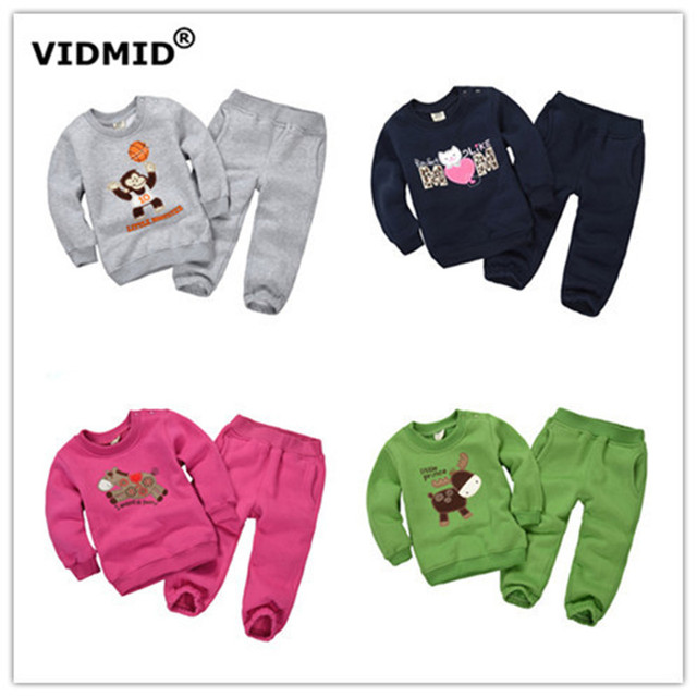 1-5Y 2017 новых осенью Детская одежда устанавливает мальчики мультфильм свитер брюки руно малышей маленькая девочка одежда одежда из флиса DF1002