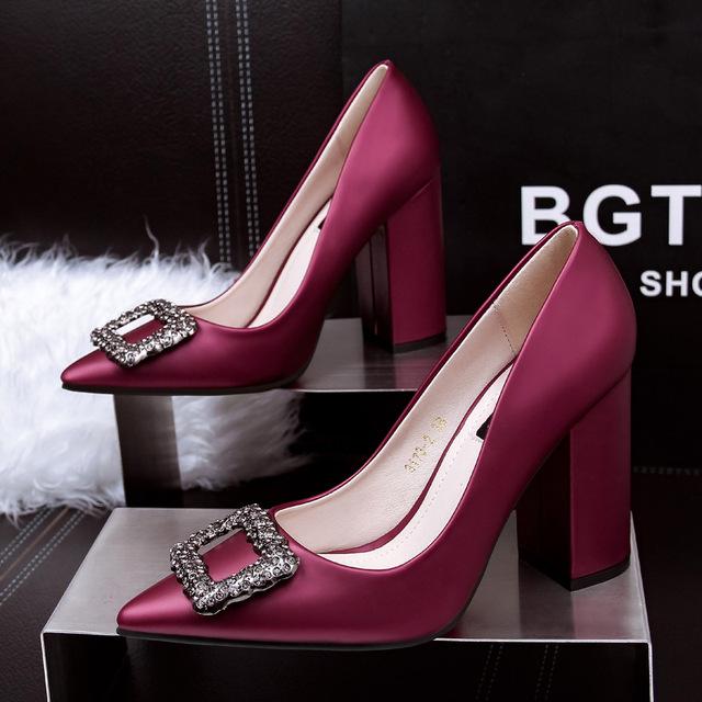 Mulheres moda estilo europeu sapatos de salto alto da fêmea do partido e casamento vermelho bombas senhora do escritório casual senhora sapatos zapatos de mujer