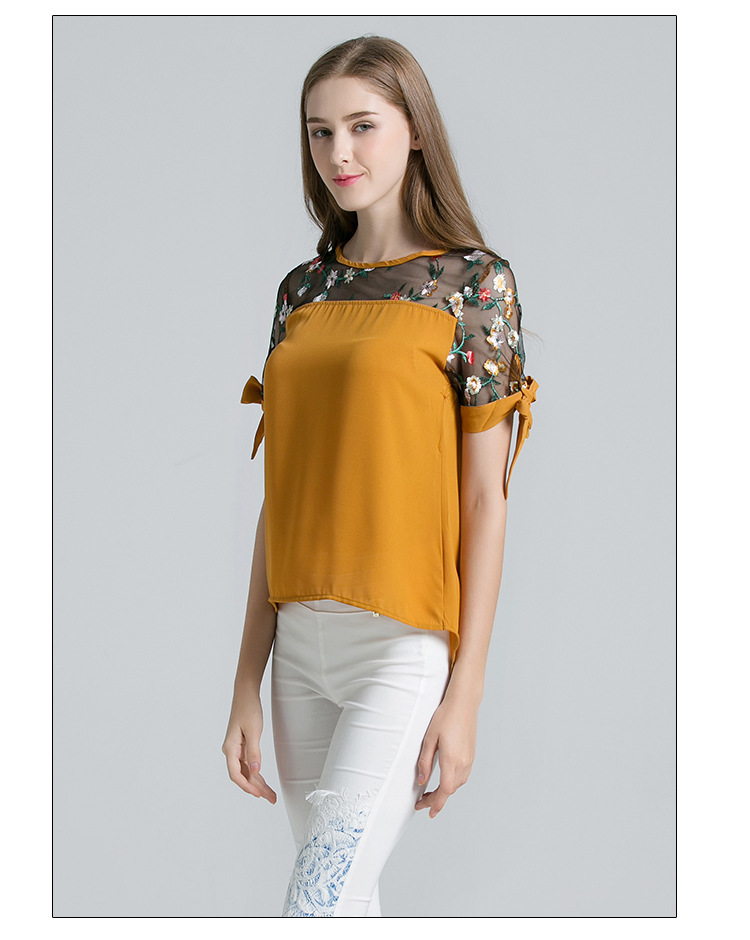 2019 Women's New Lace Shirt Embroidered Lace Sweet Hollow Round Neck Shirt T-shirt Women